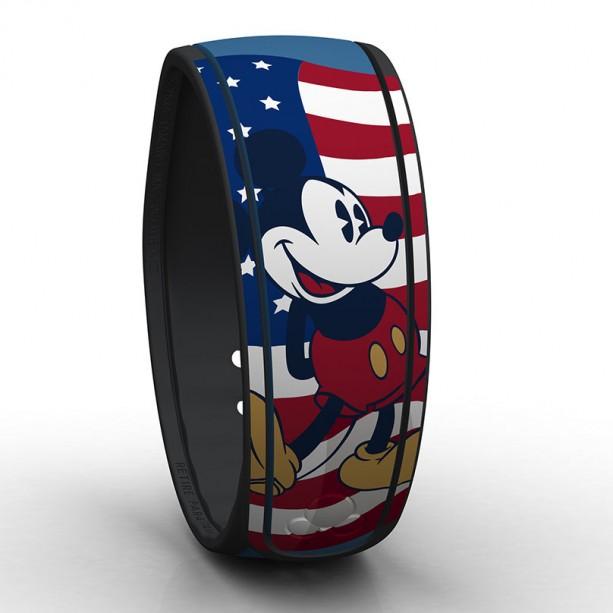 Mickey-July-4-MagicBand