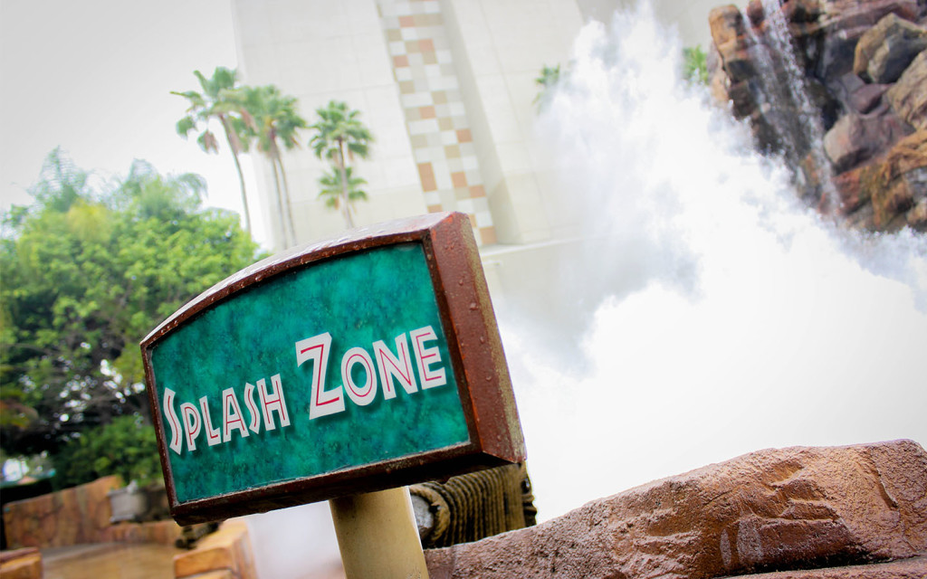 Jurassic-Park-Splash-Zone-Rain-Day