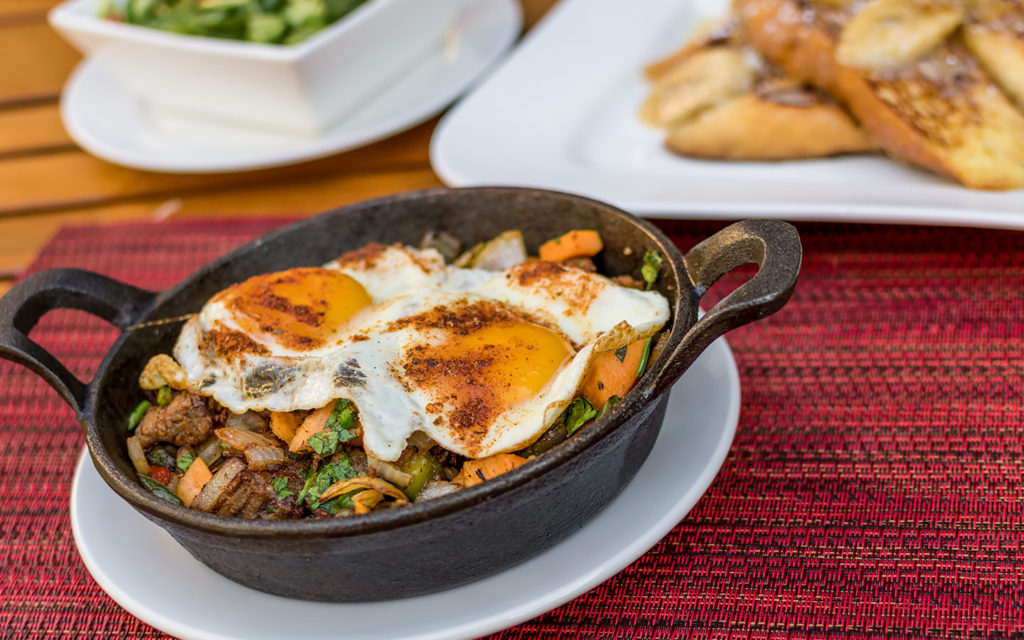 paleo-smoked-brisket-hash-from-islands-dining-room