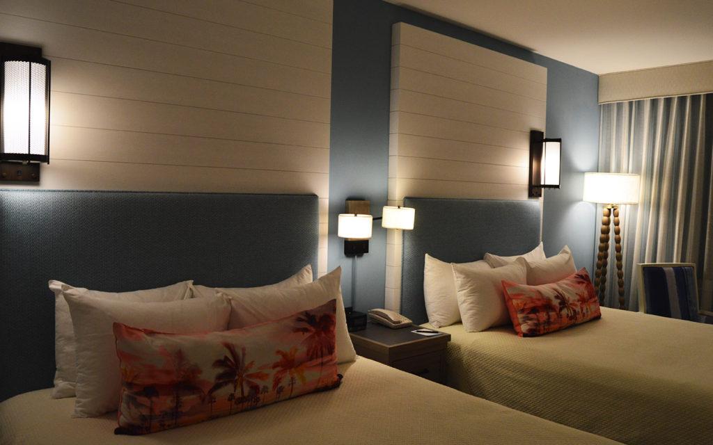 loews-sapphire-falls-resort-room