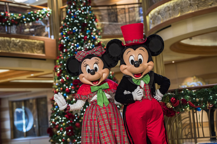 Top 5 Reasons To Book A 2019 Disney Cruise Line Vacation